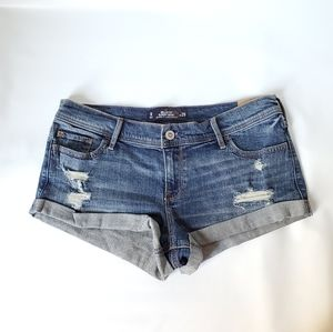 Hollister Slouchy Super Low Rise Relaxed Fit Short